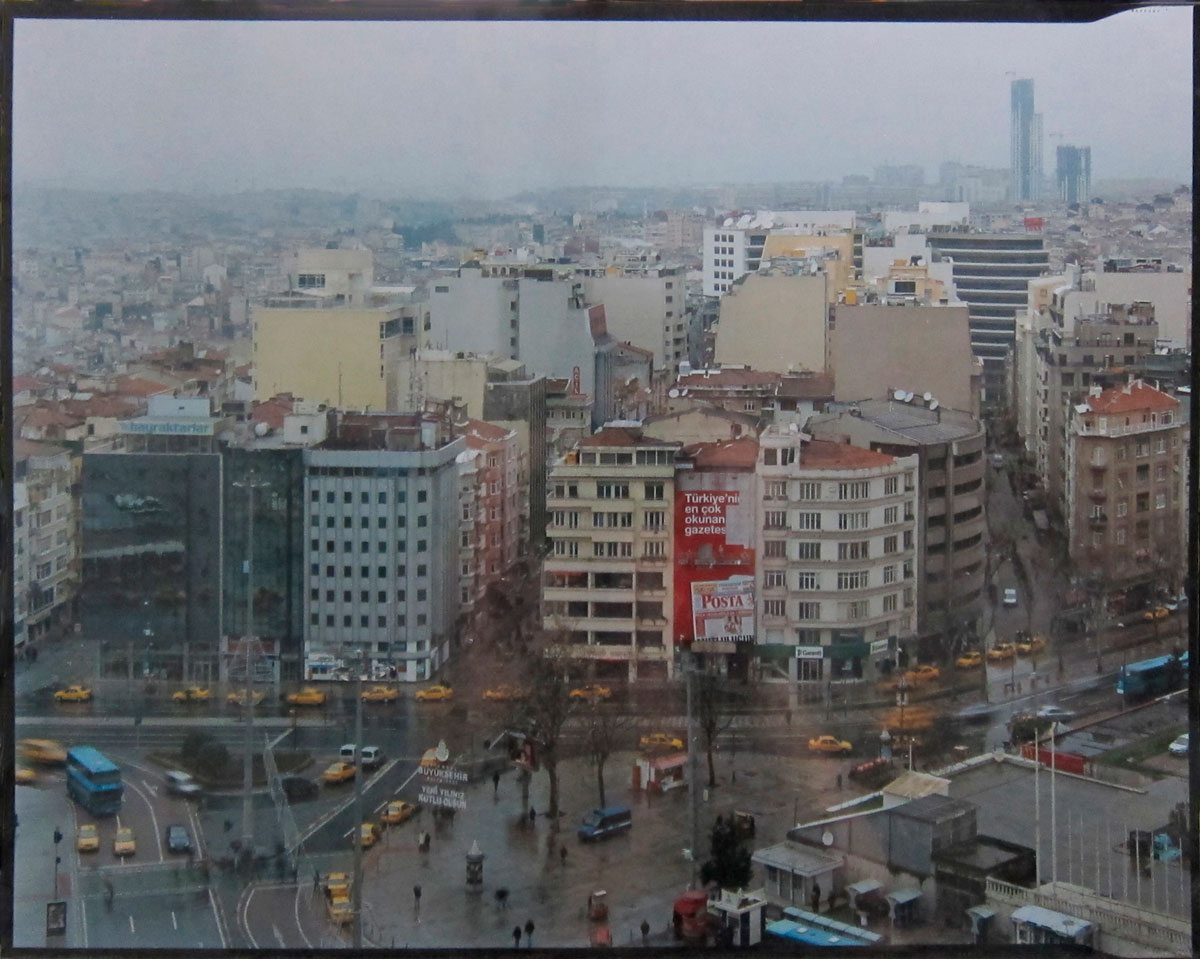 #13 ISTANBUL, 2010. C-Print. 28 x 36 cm. Edición de 3